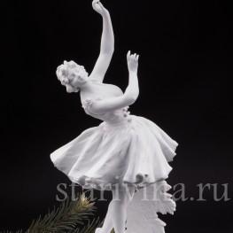 Фарфоровая статуэтка Балерина с розами, Volkstedt, Германия, кон. 19 в.