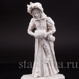Фарфоровая статуэтка Девушка с муфтой, аллегория Зимы Karl Ens, Германия, 1900 гг.