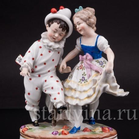Фарфоровая статуэтка Мальчик арлекин и девочка, Unterweissbach, Германия, кон. 19 - нач. 20 вв.